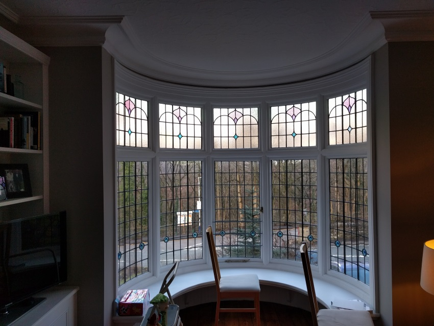 Round bay window
