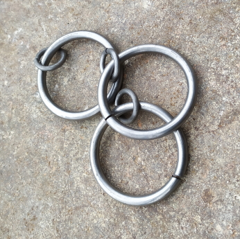 Double hoop rings for 25mm diameter poles